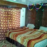 Hotel New Shalimar,  Srinagar