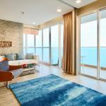 Dasiri Cetus 2BR Beachfront Condo 45th Floor, Jomtien Beach