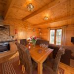 Wall Eden Farm Luxury Log Cabins, Highbridge