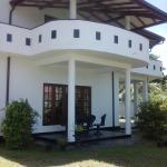 Roshini Inn, Balapitiya