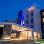 Fairfield Inn & Suites by Marriott Cambridge,  Cambridge