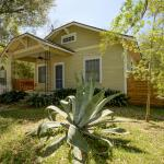 1507 Willow St Home Home,  Austin
