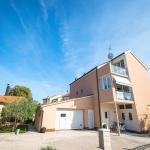 Apartments Sunny Garden, Brodarica