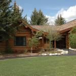 The Hatchet Resort, Moran