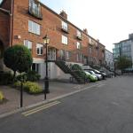 Docklands Self Catering Apartment, Dublin