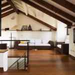 Isola Apartment,  Milan