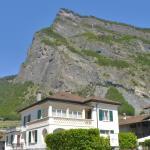 Hotel Pictures: Maison d'hôtes du Domaine des Roses, Leytron