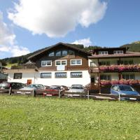 Hotel Pictures: Hotel Walli, Mittelberg