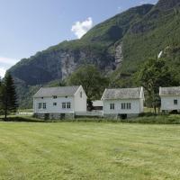 Brekke Gard Hostel
