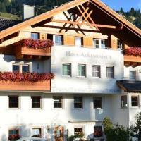 Foto Hotel: Haus Achenrainer, Fiss