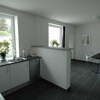 Hotel Pictures: Søgade Apartment, Grenå Strand