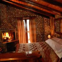 Deluxe Suite with Fireplace (2 Adults + 1 Child ) - Maisonette