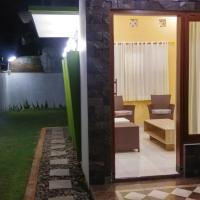Zdjęcia hotelu: Tjunduk Djiwanta Family House, Batu