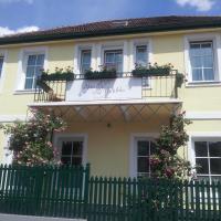 Hotel Pictures: Hotel Pension Alte Mühle, Klosterneuburg