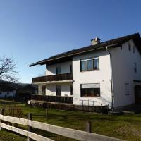 Hotelbilleder: Ferienwohnung-Enzinger, Teisendorf