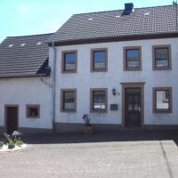 Hotel Pictures: Ferienhaus-Zur-schoenen-Aussicht, Gerolstein
