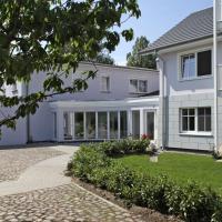 Hotel Pictures: Aparthotel Saatmann Garni, Ahrenshoop