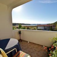 Hotel Pictures: Apartment Supetarska Draga - Gornja 13705a, Rab