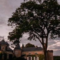 Hotel Pictures: Saint Victor La Grand' Maison, Ingrandes