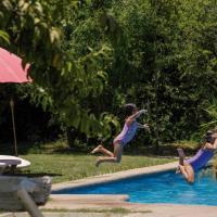 Hotel Pictures: Hostal Rural Santa Maria, Santa María