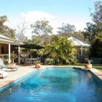 Hotel Pictures: Smoky Cape Retreat, South West Rocks