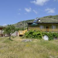 Hotellikuvia: Wings of Tatev Guesthouse, Halidzor