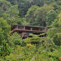 Hotellbilder: Lookout Inn Beach Rain-forest Eco Lodge, Carate