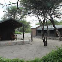 Hotellikuvia: Fiume Bush Camp, Otjikango