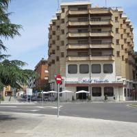 Hotel Pictures: Hotel Vianetto, Monzón