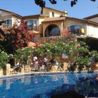 Hotel Pictures: Roman Boutique Hotel, Paphos City