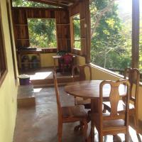 Hotel Pictures: Rio Tranquilo Treesort, Puerto Coyote