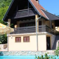 Hotel Pictures: Celinac Cottage, Čelinac