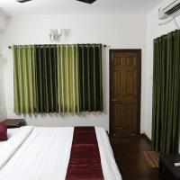 Фотографии отеля: Kapsstone - Greams Road, Ченнаи