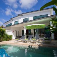 Hotelbilleder: Orisis 2 Bed pool Villa-Nai Harn, Rawai Beach