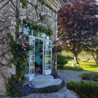 Hotel Pictures: Wychwood House, Tenby