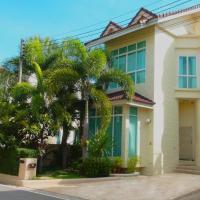 Фотографии отеля: Valencia 3 Bedrooms Pool Nai Harn Villa, Равай