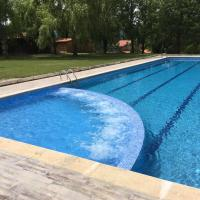 Hotel Pictures: Camping Ripolles, Ripoll