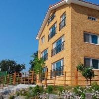 Fotos de l'hotel: Gadeokdo Noeul Pension, Busan