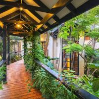 Hotel Pictures: Pearl River Houses, Prevelly