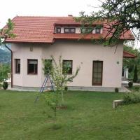 Zdjęcia hotelu: Vacation Home Spaho, Gornji Hotonj