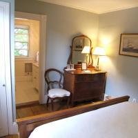 Chart House Inn