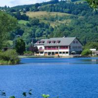 Hotel Pictures: Le Lac Des Moines, Condat