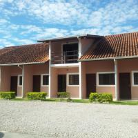 Hotel Pictures: Chales Mar Azul, Caraguatatuba