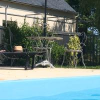 Hotel Pictures: Une vision singulière, Hénon