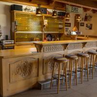 Hotelbilleder: Hotel Restaurant Berghof, Sohren