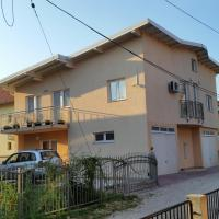 Hotel Pictures: Holiday Home Karcic, Ilidža