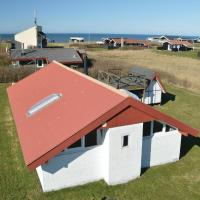 Hotelbilleder: Three-Bedroom Holiday home Løkken with Sea View 06, Løkken