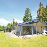 Fotos do Hotel: Holiday home Lupinvej X, Bøtø By