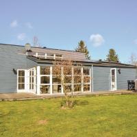 Hotel Pictures: Holiday home Birketoften, Hornsved