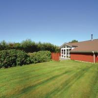 Hotellbilder: Four-Bedroom Holiday Home in Vestervig, Vestervig